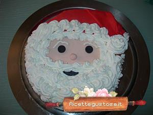 Torta decorata con viso di Babbo Natale c3355453f930