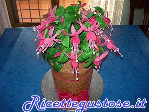 Torta decorata pianta di fucsia
