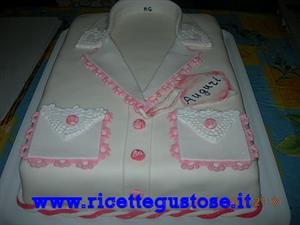 Ricetta torta millefoglie decorata con camicetta da donna for Decorazione torte millefoglie