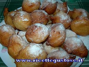 Frittelle di carnevale alle patate