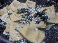 Ravioli ricetta ravioli ortica e altre ricette primi ripieni for Cucinare ortica