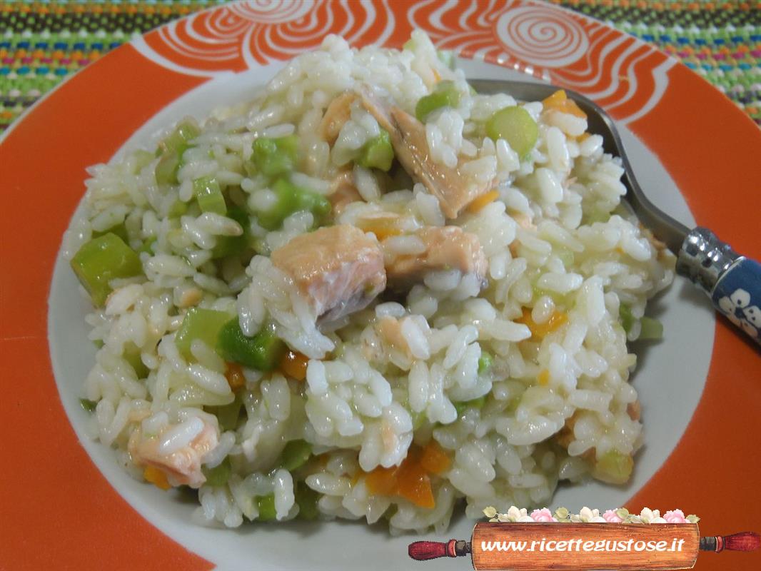 Disegno cucinare trota salmonata ispirazioni design for Cucinare risotto