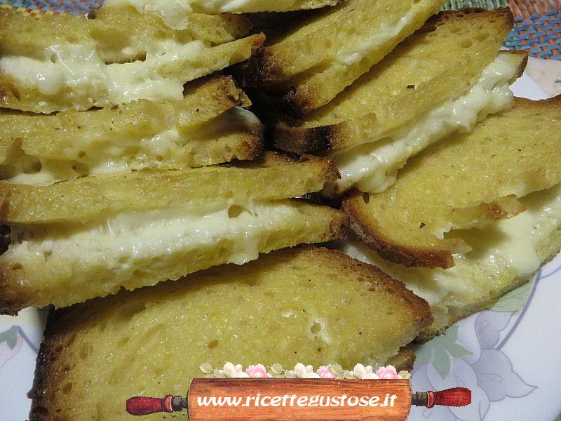 Mozzarella in carrozza ricetta mozzarella in carrozza al for Ricette mozzarella in carrozza al forno