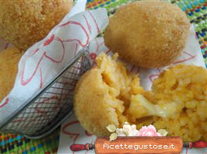 Suppli con scamorza e alici