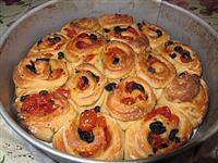 Torta delle rose salata pomodori ciliegino e olive nere - Cucinare olive appena raccolte ...