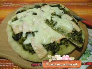 pizza broccoletti e salmone